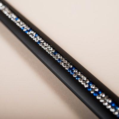 Alu: Schwarz / Kristall: weiss - blau