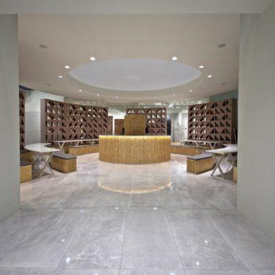 Eingang zum Stand Ceramica Piemme